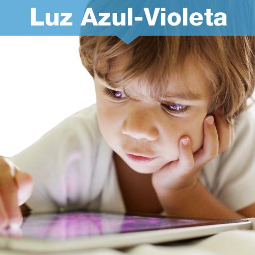 Proteccion y filtrado luz azul violeta emitida por smartphones, tablets, laptops